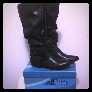 Cliffs by White Mountain Fairfield Knee Hi Boots